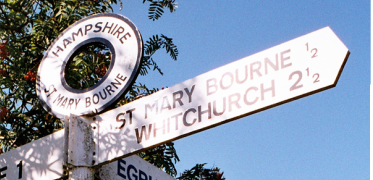 St Mary Bourne - Signpost